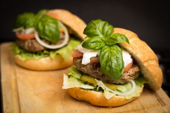 Get fast and delicious meals with home food delivery