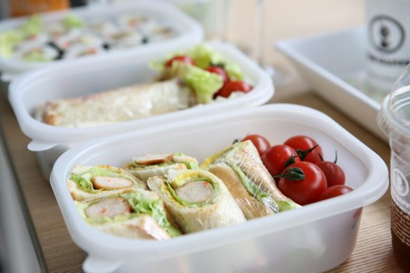 Making Kids' Lunches For School Easy