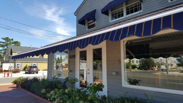 Enhance Outdoor Space with Retractable Awnings