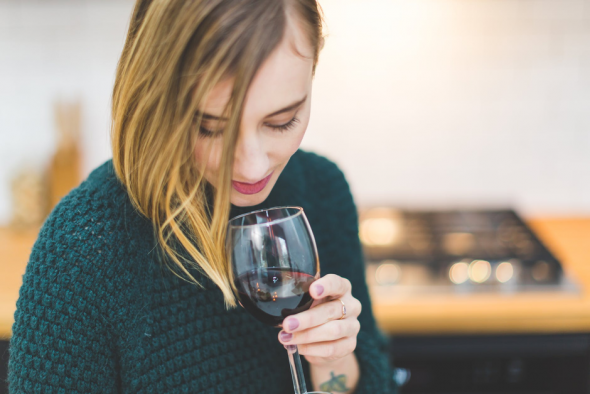 Should You Be Drinking Wine?: 5 Surprising Health Benefits of Wine